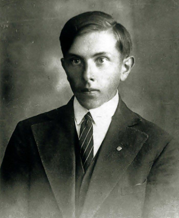 Был ли Бандера военным преступником, коллаборантом и шпионом по отношению к СССР?