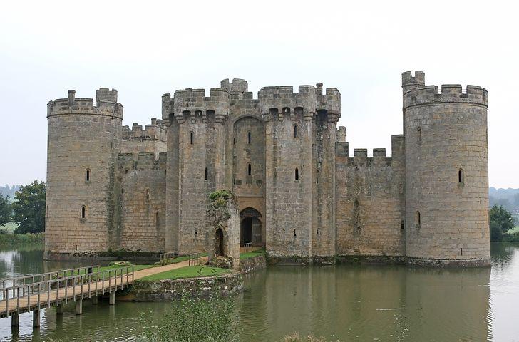 картинка рыцарского замка в средние века схеме делаем надрезы